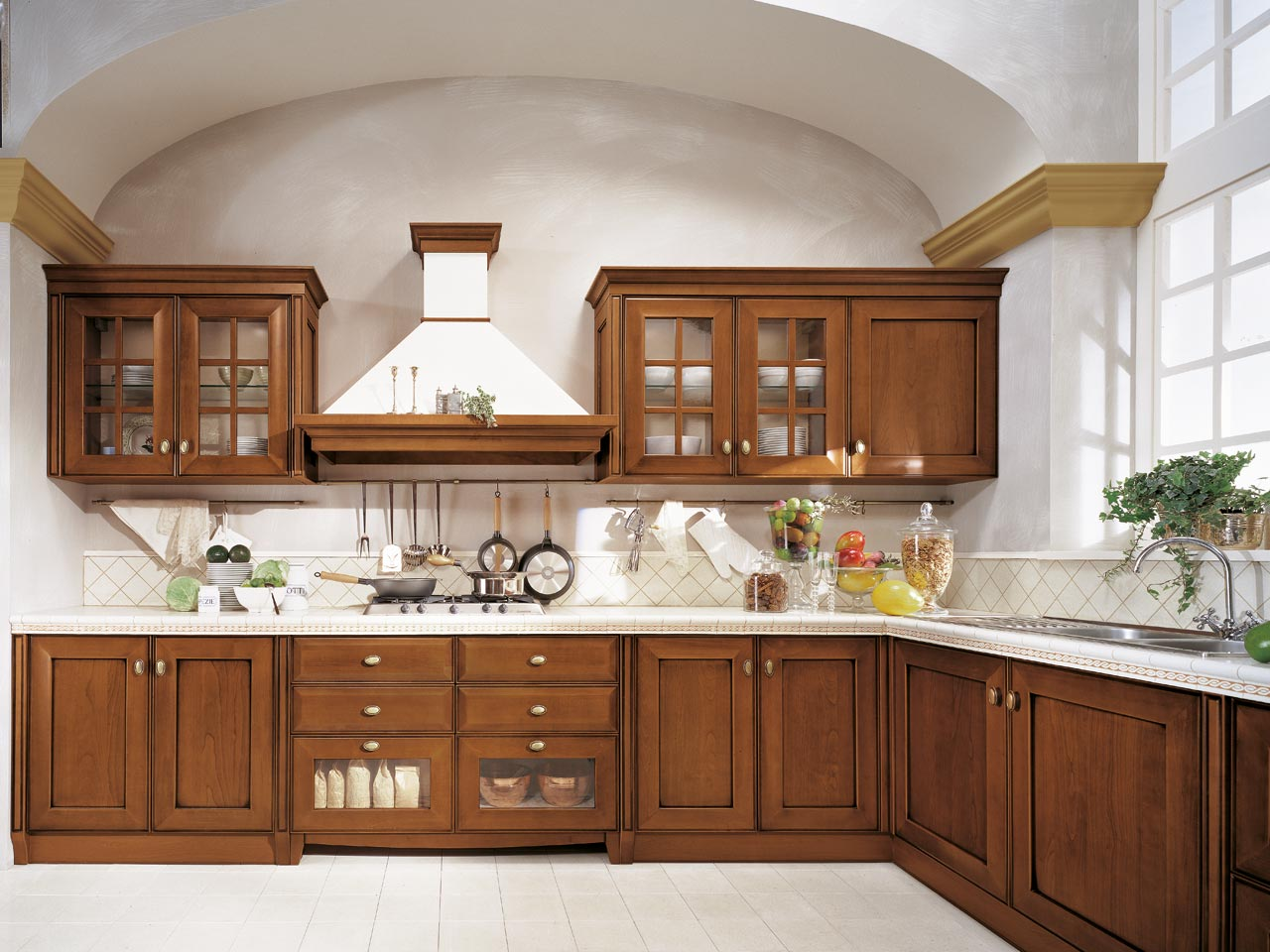 Classiche : Cucine Lube Mod. Velia Ciliegio